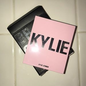 Kylie Jenner Bronzer in Tequila Tan